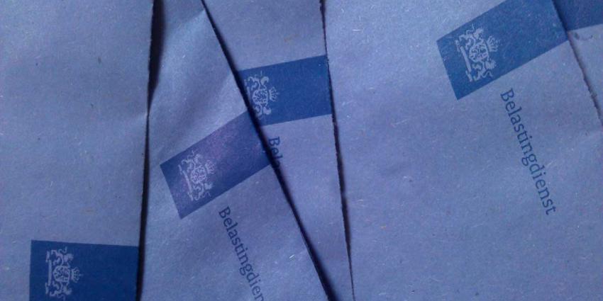650 'blauwe enveloppen' naar klanten Zwitserse bank