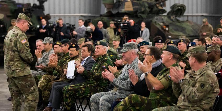 Amerikanen heropenen depot voor militaire voertuigen