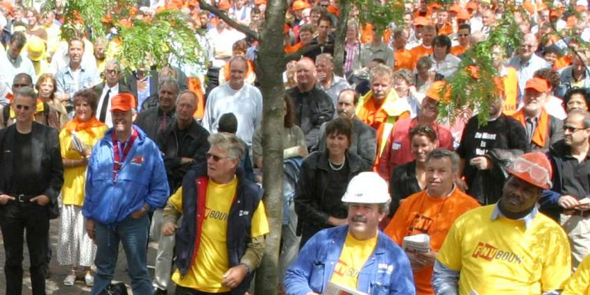 FNV: Dag van de Arbeid door duizenden in Amsterdam gevierd