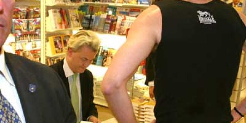 Foto van Geert Wilders in boekhandelen   Archief EHF
