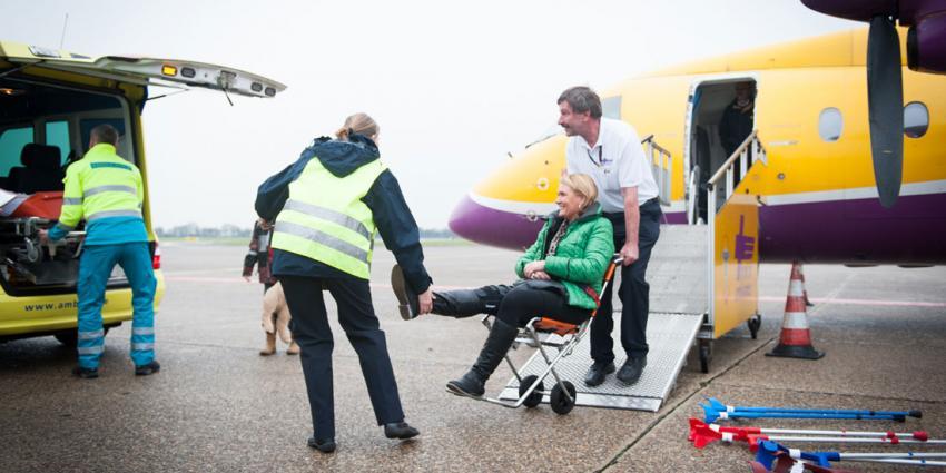 Eerste wintersporters terug met gipsvlucht