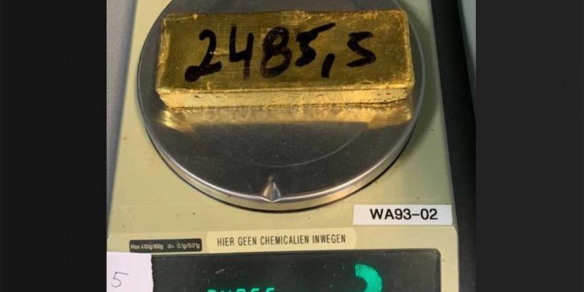 goudstaaf-weegschaal