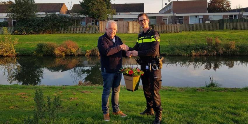 Bloemen voor redden in water gevallen kindje Den Bosch