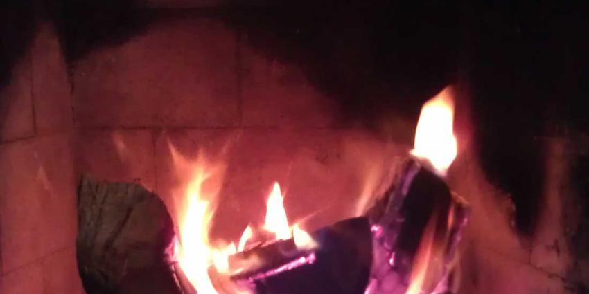 Noordelijke GGD's waarschuwen, pas op met rook uit houtkachel