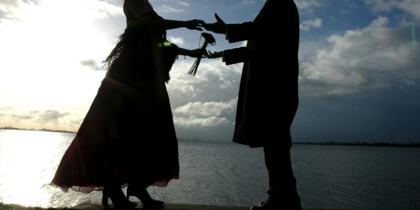 foto van kindhuwelijk   fbf archief