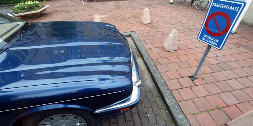 Parkeren gehandicapte is of gratis of 638,90 euro lappen