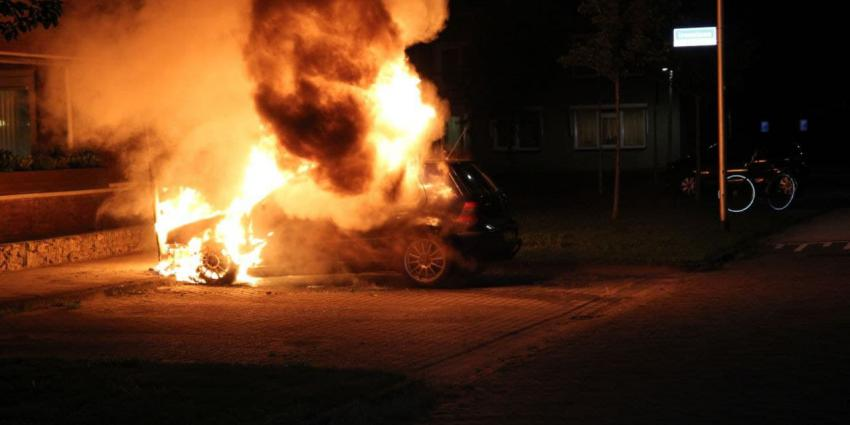 Autobrand aan de Irenelaan