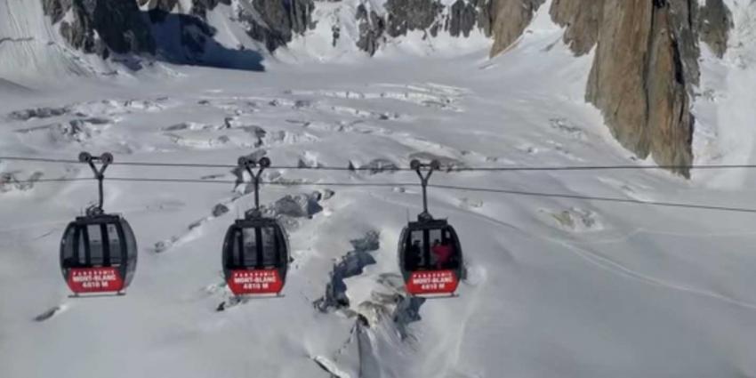 Kabelbaan Mont Blanc loopt vast, noodgedwongen overnachting voor 33 personen