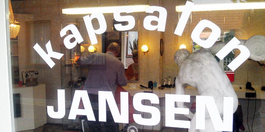 Consumenten gingen in het derde kwartaal minder vaak naar de kapper