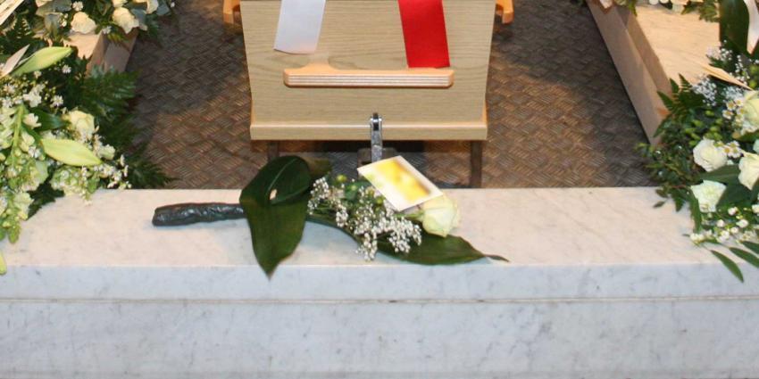 Insluiper crematorium Zwolle verstopt zich op toilet