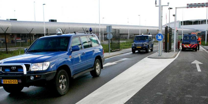 Taxichauffeur wijst KMar op dronken Finse vrachtwagenchauffeur