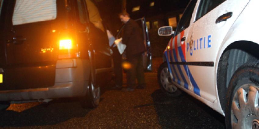 Foto van lijkwagen en politieauto   Archief EHF