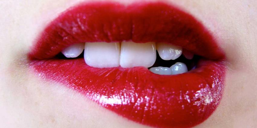 foto van rode lippen | freewallpaperss