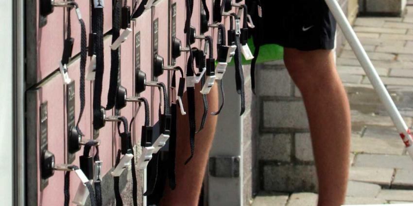 Zwemtrainer verdacht van maken foto's in kleedhokjes aangehouden