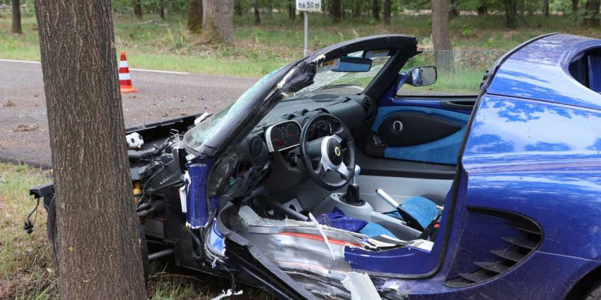 lotus-sportwagen-crash