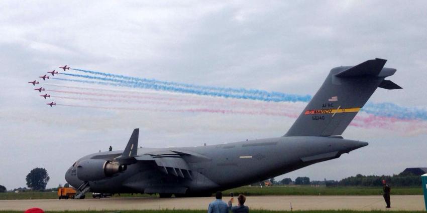 Luchtmachtdagen goed van start na crash donderdag Zwitserse luchtmacht