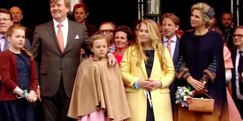 Jurk en cape koningin Máxima te bewonderen in TextielMuseum Tilburg