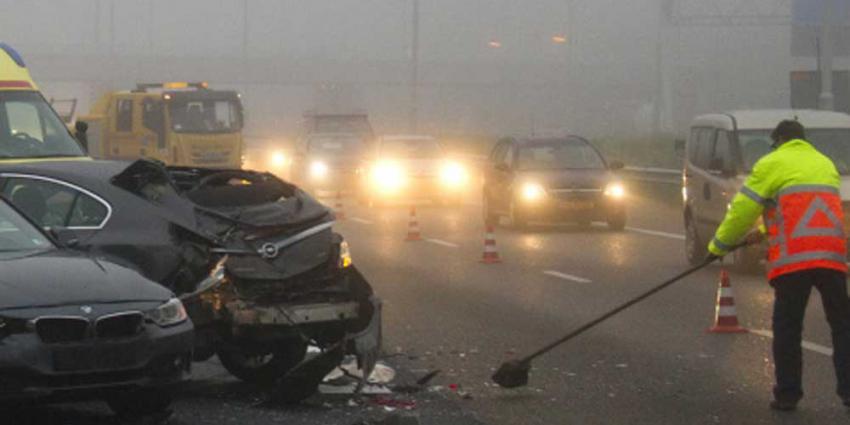mist-snelweg-aanrijding