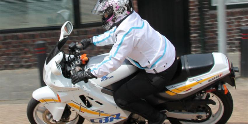 Foto van motorrijder   MV Blik op Nieuws
