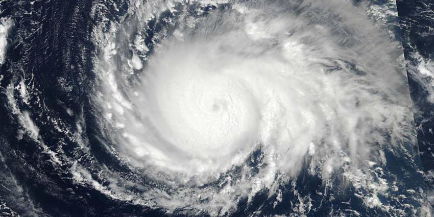 Orkaan Irma heeft het Caribisch gebied bereikt