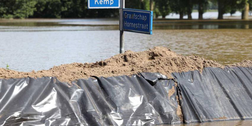 nooddijk-maas-overstroming