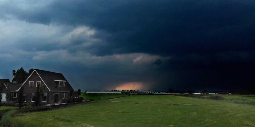 onweer-regen-wolken