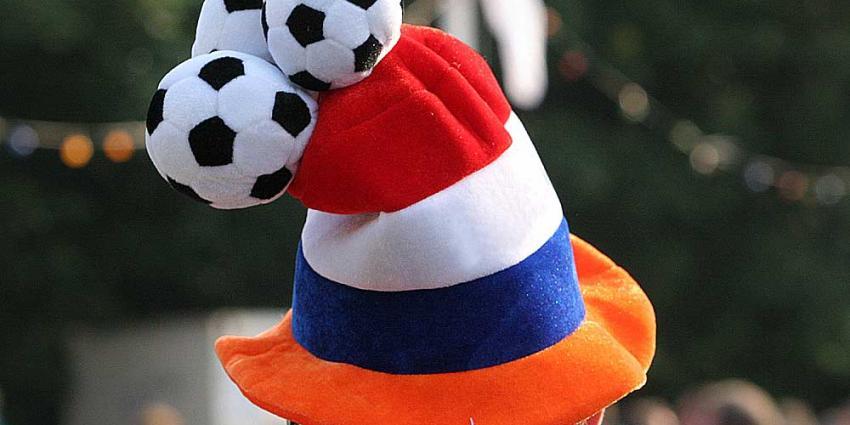 Foto van Oranje voetbal muts | Archief EHF