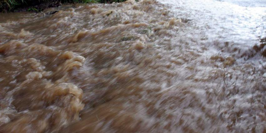 overstroming-rivier-regenval