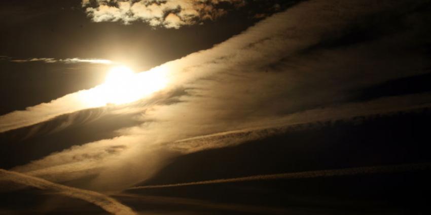 De ozonlaag is zich langzaam aan het herstellen