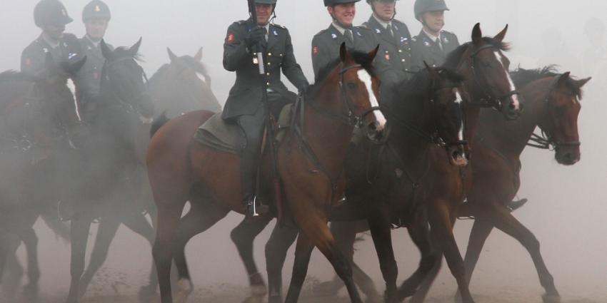 Foto van paarden op strand Scheveningen | Archief Flashphoto.nl | www.flashphoto.nl