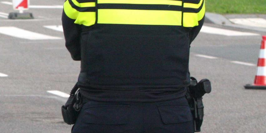 politie-agente-pistool
