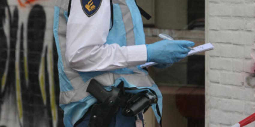 Foto van politie onderzoek schietpartij   Archief EHF