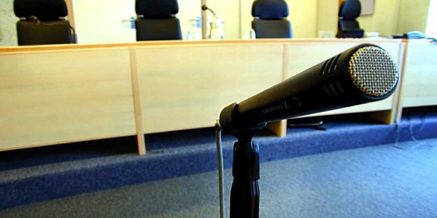 Foto van rechtbank microfoon | Archief EHF
