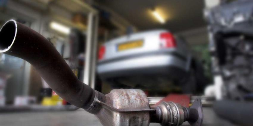 RDW: 'Helft geteste 30 auto's stoten flink meer uit dan toegestaan'