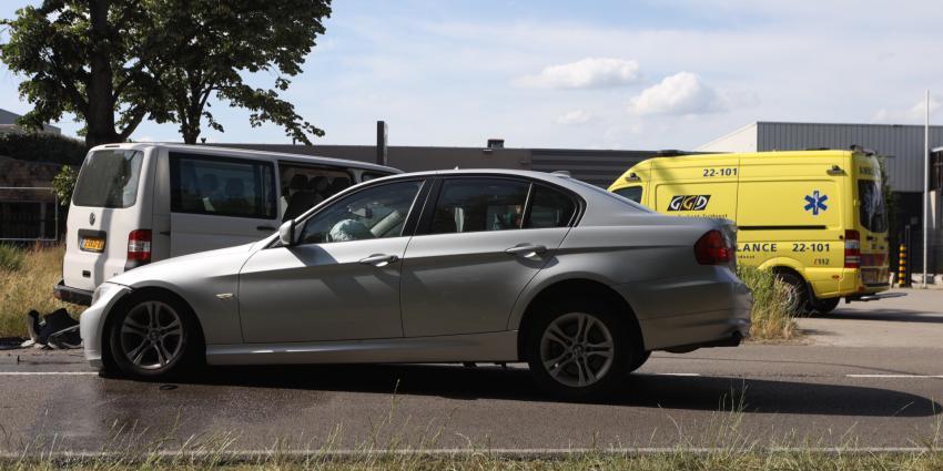 Auto's zwaar beschadigd door ongeval