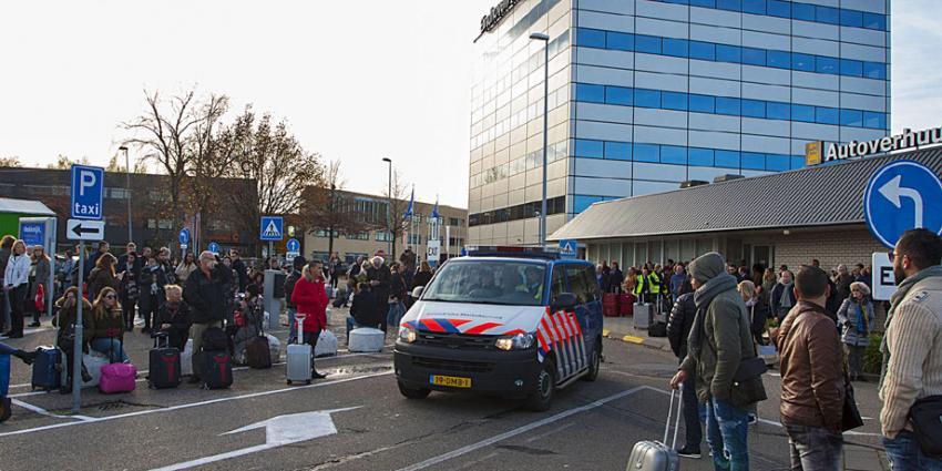 Vliegveld Eindhoven Airport ontruimd vanwege verdachte koffer