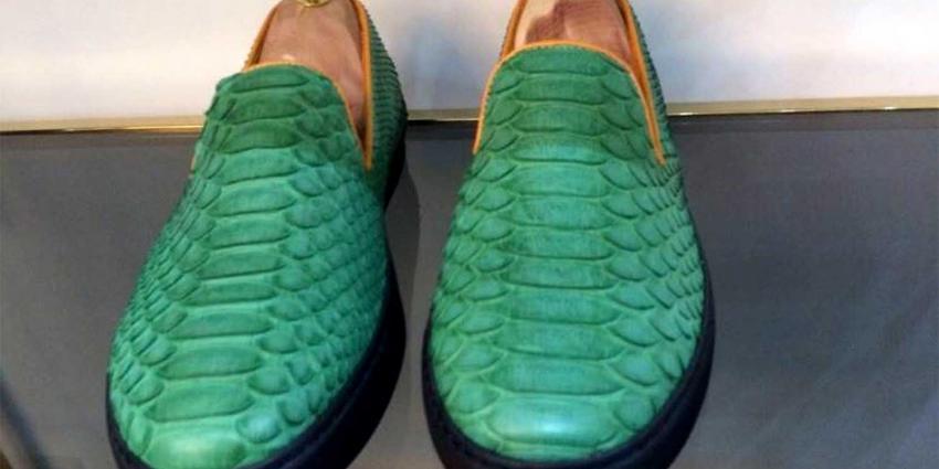 NVWA haalt verboden krokodillenleren kleding uit winkel PC Hooft