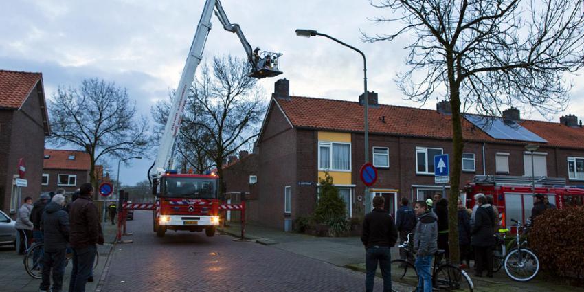 Brandweer blust schoorsteenbrand in Boxel