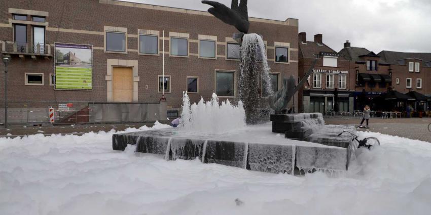 schuim-party-fontein