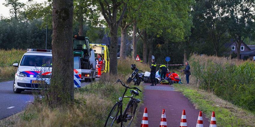Scooterrijder zwaargewond bij botsing met bromfiets in Gemonde
