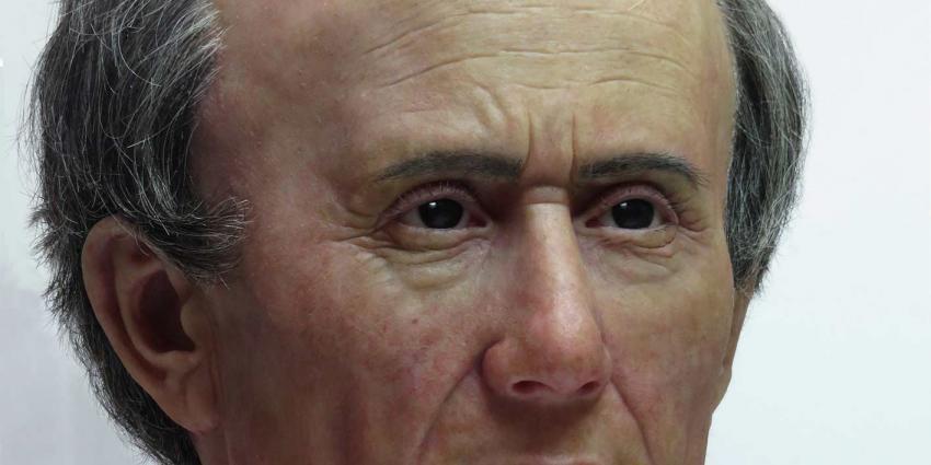 Julius Caesar had weinig haar op zijn misvormde schedel
