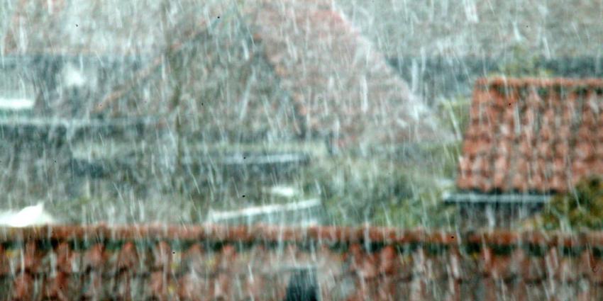 Politie benut zaterdag de sneeuw in opsporing naar hennepkwekerijen