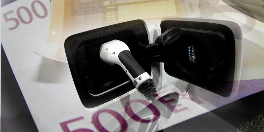 stekker-elektrisch-auto-geld-subsidie
