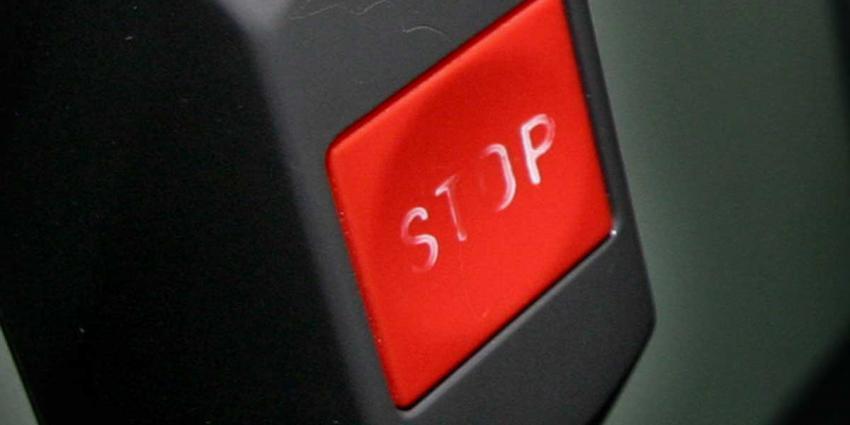 Taxichauffeur drukt op noodknop na mishandeling Hilvarenbeek