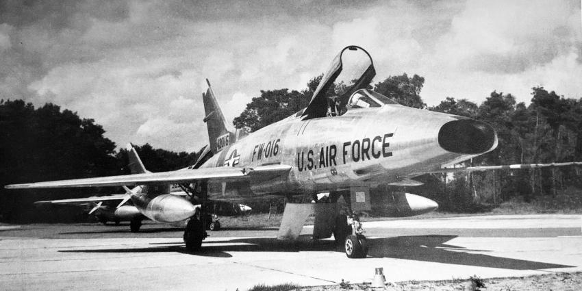F-100 Super Sabre jachtbommenwerper