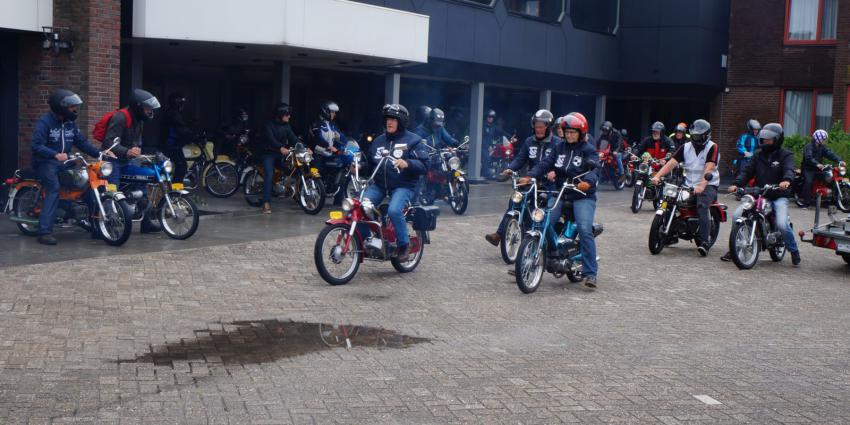 Foto van start Toertocht Friesland