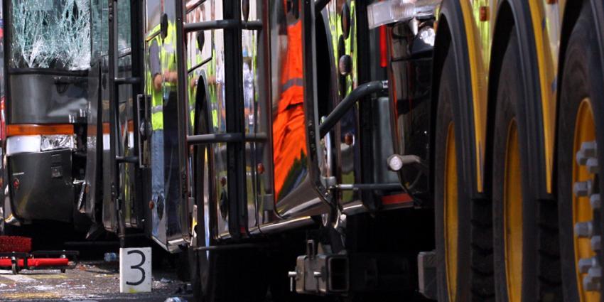 Gewonden bij zwaar ongeval met Nederlandse bus op Belgische E17