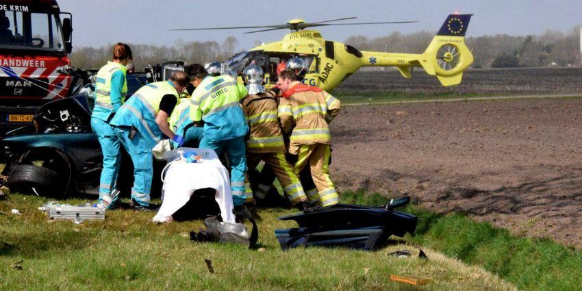 Automobilist zwaargewond na eenzijdige aanrijding De Krim