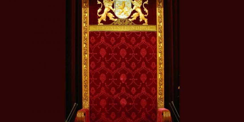 Foto van troonrede Ridderzaal stoel   Archief EHF