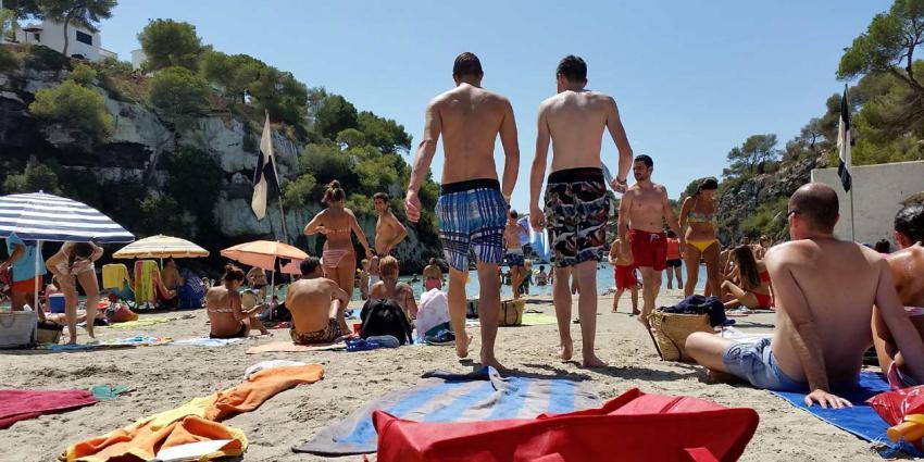 Nederlanders luieren liever op vakantie